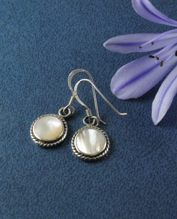 Mother_of_Pearl_Round_Earrings_E-0116-a (Copy)