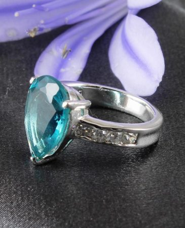 Aquamarine_&_Silver_Ring_R-0139-a