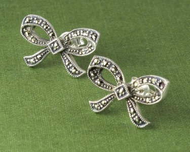 Marcasite_Bow_Stud_Earrings_E-0214-b