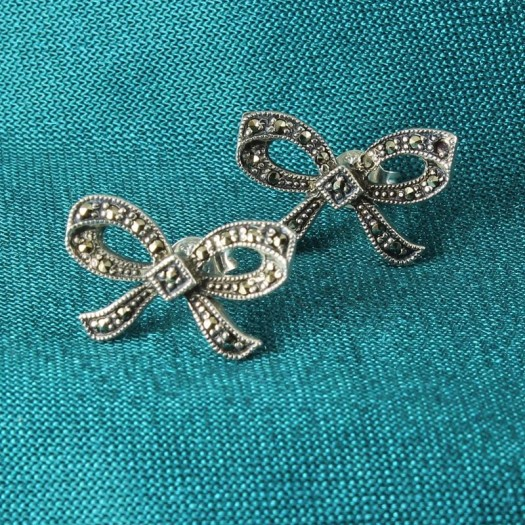 Marcasite_Bow_Stud_Earrings_E-0214-c