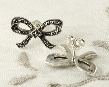 Marcasite_Bow_Stud_Earrings_E-0214-d