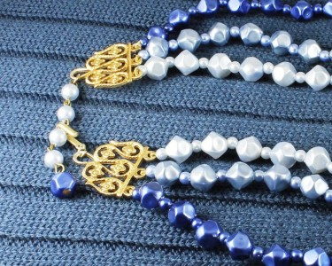 Blue-Silver_3-Strand_Vintage_Bead_Necklace_N-0268-e
