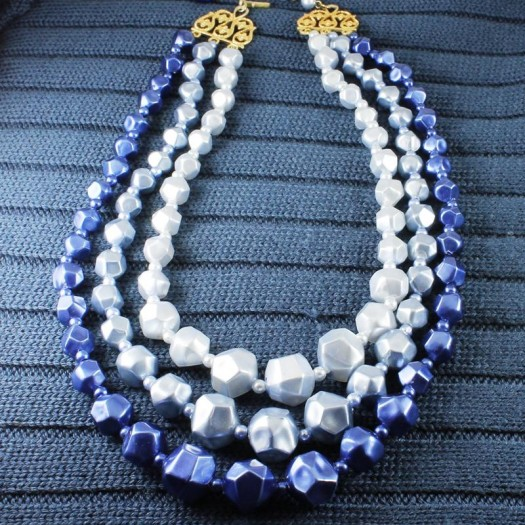 Blue-Silver_3-Strand_Vintage_Bead_Necklace_N-0268-fpy)
