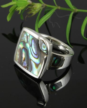 Paua_Shell_Square_Ring_With_Eye_R-0120-a