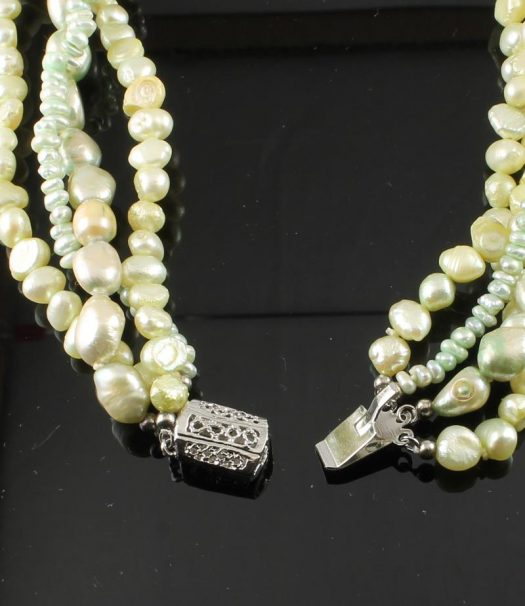Cream & Mint 4-Strand Pearl Torsade Necklace
