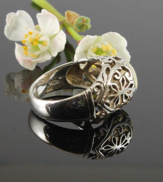 Moonstone Circle Silver Filigree Ring