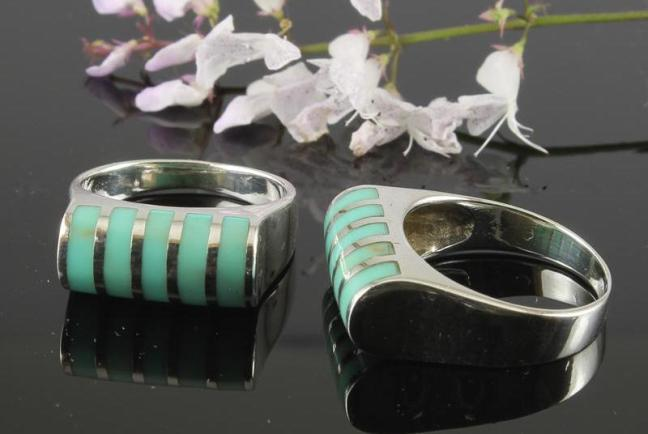 Turquoise & Silver Banded Tube Ring