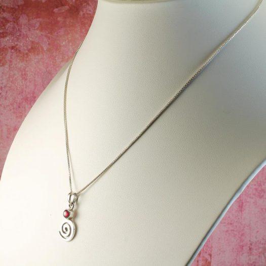 Garnet & Silver Spiral N-0228-j