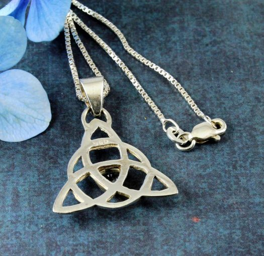 Blue Topaz Celtic Triangle N-0224-k