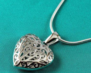 Filigree Openwork Heart Pendant N-0273-a