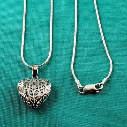 Filigree Openwork Heart Pendant N-0273-c