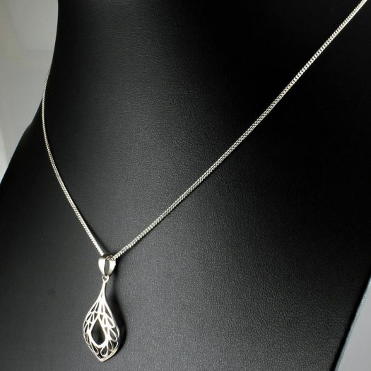 Filigree Teardrop Pendant Necklace N-0272-f