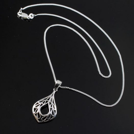 Filigree Teardrop Pendant Necklace N-0272-i