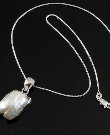 Biwa Pearl Pendant N-0117-a