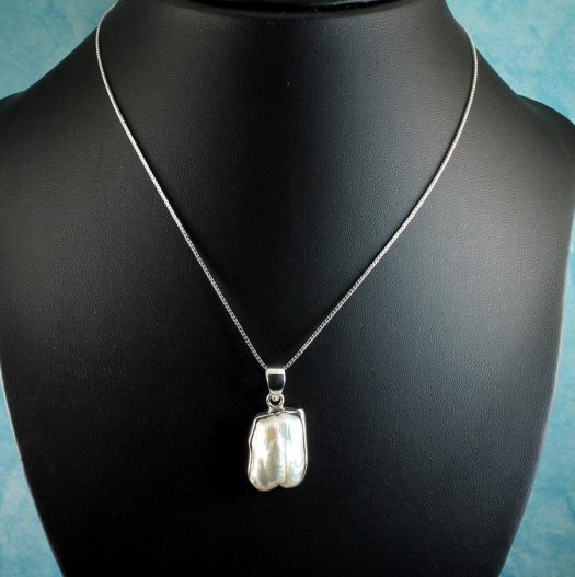 Biwa Pearl Pendant N-0117-f