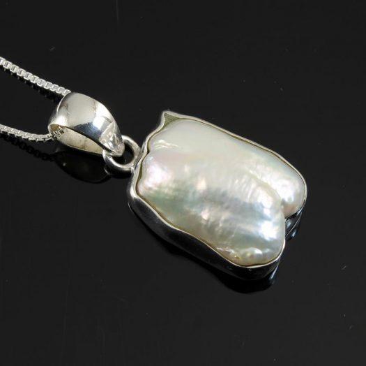 Biwa Pearl Pendant N-0117-g