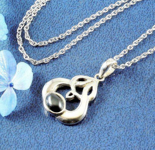 Hematite Silver Celtic Knot N-0237-j