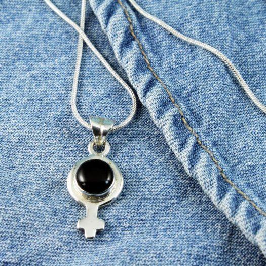 Black Onyx Female Symbol Pendant N-0256-g