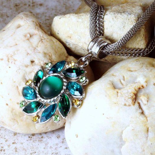 Emerald Green Rhinestone Necklace N-0103-c