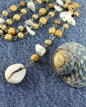 Cowrie Shell Bead Necklace N-0115-h