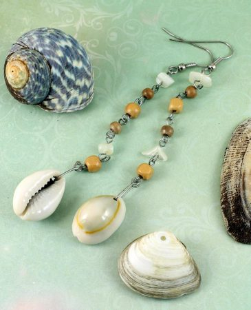 Cowrie Shell Earrings E-0114-g