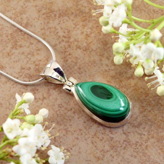 Malachite Teardrop Necklace N-0191-a