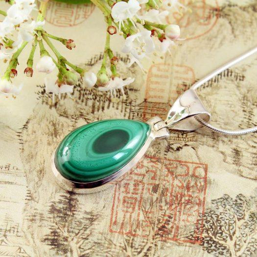 Malachite Teardrop Necklace N-0191-f