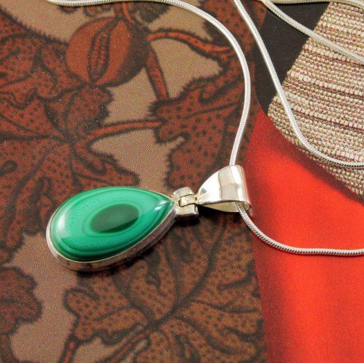 Malachite Teardrop Necklace N-0191-j