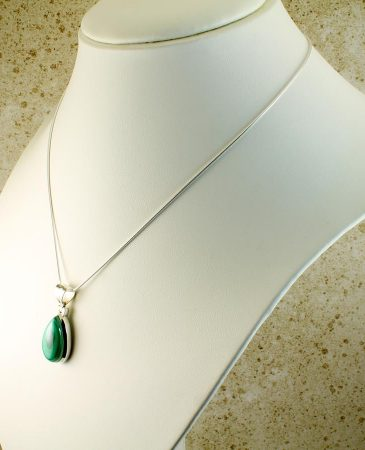 Malachite Teardrop Necklace N-0191-l