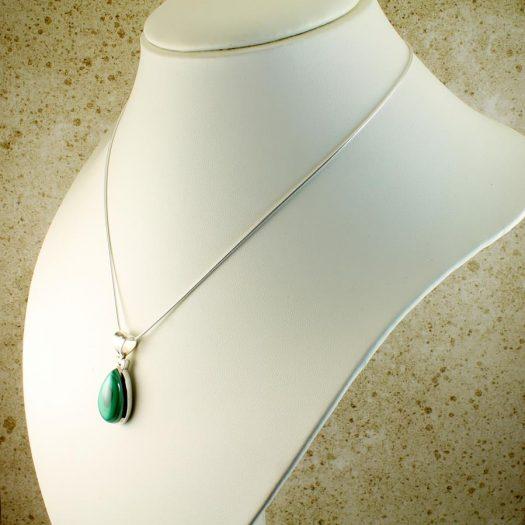 Malachite Teardrop Necklace N-0191-l